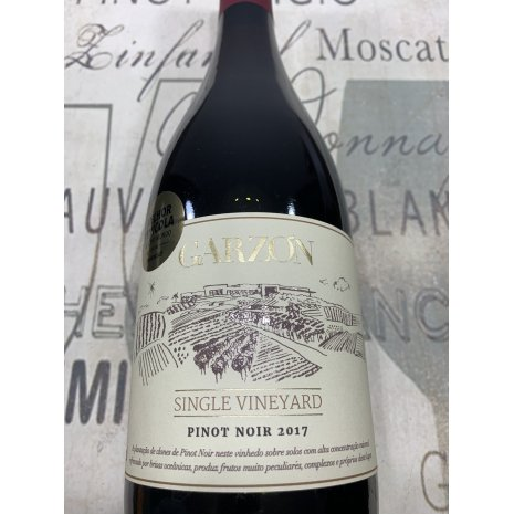 Vinho Garzón Single Vineyard Pinot Noir